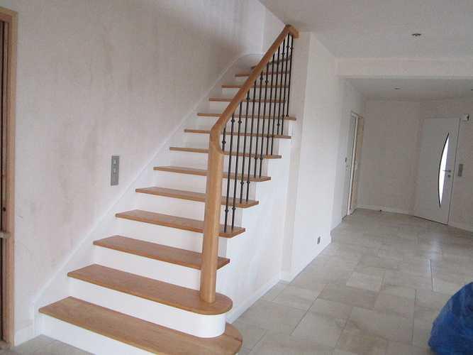 Escalier incolore laqué photossite087