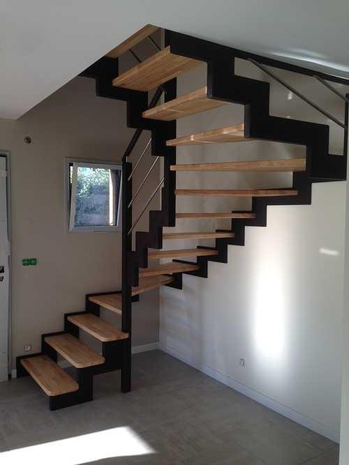Escalier en Hevea à Lamballe 0