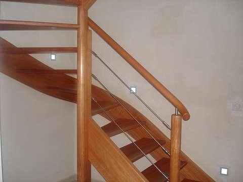 Vernir un escalier karen083
