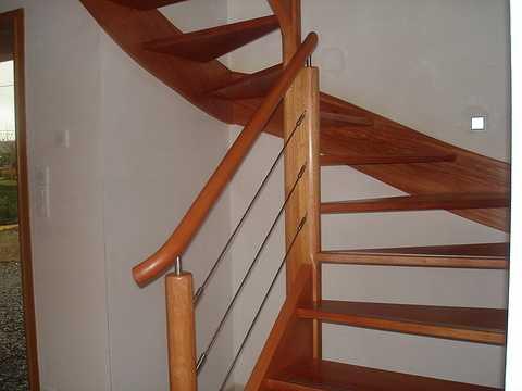 Vernir un escalier karen084