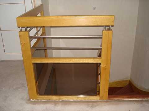 Vernissage d''un Escalier incolore karen103