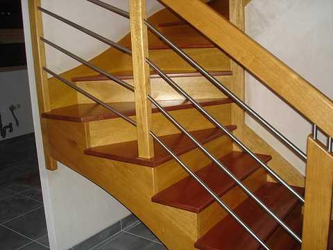 Vernissage d''un Escalier incolore karen105